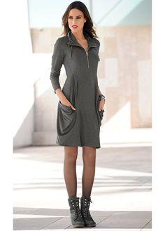 Sukienka dzianinowa Bardzo ciekawy krój • 109.99 zł • bonprix
