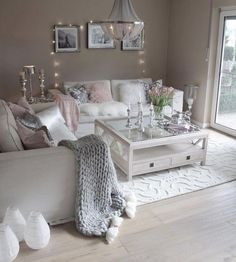 The Simple Romantic Living Room Trap &; Dizzyhome The Simple Romantic Living Room Trap &; Dizzyhome Aycan karakus Home decor As one might assume the degree […] Room table Romantic Living Room, Glam Living Room, Living Room Decor Cozy, Interior Design Living Room, Living Room Designs, Living Room Furniture, Rustic Furniture, Decor Room, Cozy Living