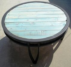 Merveilleux Patio Table (the Top Was A Mess So I Replaced It With Pallet Wood)