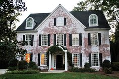 If It Was Completely White With The Ivy This Would Be Perfect Whitewash Brick House