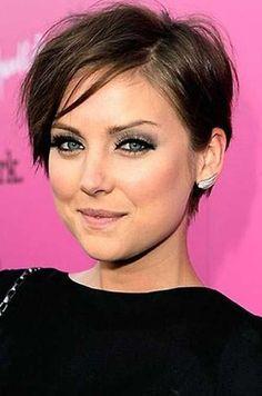 15 Pixie Cut for Thin Hair | http://www.short-haircut.com/15-pixie-cut-for-thin-hair.html