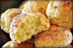 Cheesy biscuits