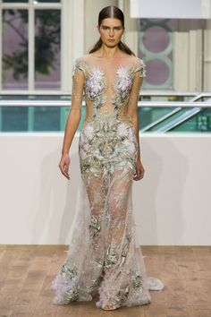 Pin for Later: Something Old, New, Blue, and Something Very Expensive From Julien Macdonald Julien Macdonald Spring 2015