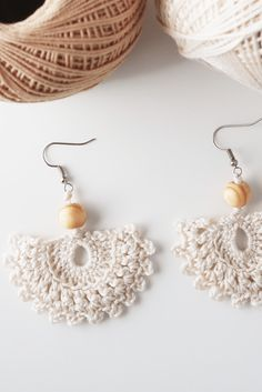 CROCHET DROP EARRINGS €10.00