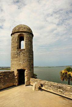 Belltower of the Castillo de San Marcos fort - St Augustine - Florida fnperfect