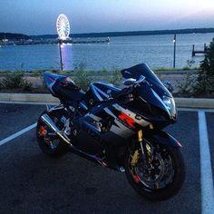 Suzuki GSXR Photo: @ whyteboi Hashtag #2WP for a chance to be featured #motorbike #motorcycle #sportsbike #yamaha #honda #suzuki #kawasaki #ducati #triumph #victory #buell #aprilia #harleydavidson #r1 #r6 #cbr #gsxr #fireblade #photography #ocean #lights #bikelife #Twowheelpassion