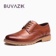 54796c10378b 2017 new Men Brogues Shoes Men s Oxfords Dress Shoes Wedding Genuine Leather  Business Vintage Retro shoes