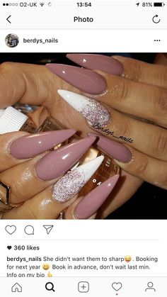 The advantage of the gel is that it allows you to enjoy your French manicure for a long time. There are four different ways to make a French manicure on gel nails. Fabulous Nails, Perfect Nails, Gorgeous Nails, Pretty Nails, Matte Nails, Stiletto Nails, Acrylic Nails, Dope Nails, Fun Nails