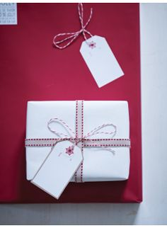 Red & White Wrapping Paper