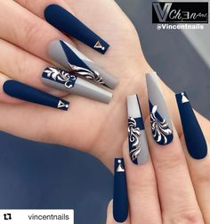 If you are someone who likes long nail art, here are the long nail art designs you like, choose some designs you like and try. Cute Acrylic Nail Designs, Long Nail Designs, Best Acrylic Nails, Beautiful Nail Designs, Art Designs, Acrylic Set, Bling Nails, Stiletto Nails, Swag Nails