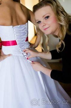 Svatební šaty pro princezny (Válka nevěst) 40 - 1