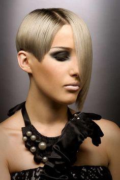Ausgefallene kurzhaarfrisuren blond