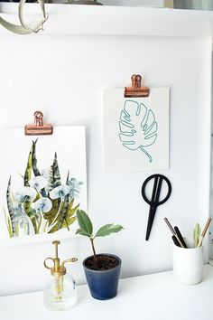 Simple and cute way to hang art prints.