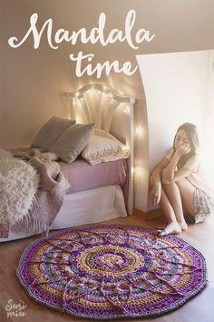Alfombra estilo Mandala by SusiMiu http://susimiu.es/mandala-time-enlace-a-patron-de-manta-mandala-adaptado-a-una-alfombra-de-trapillo/