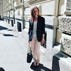 Look of the day direkt aus Graz. Duster Coat, Jackets, Fashion, Graz, Down Jackets, Moda, Fashion Styles, Jacket, Fasion