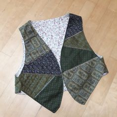 Vest, Jackets, Design, Fashion, Scrappy Quilts, Embroidery, Sewing, Clothes, Down Jackets