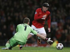Wayne Rooney joins Manchester United legends with his 200th goal