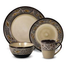 32 Piece Dinnerware Set