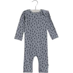 Fabric and Care Organic cotton Machine washable Description Classic jumpsuit in soft organic cotton Expandable neckline Snaps at legs Imported Jeggings, Organic Cotton, Jumpsuit, Slim, Product Description, Fabric, Baby, Overalls, Tejido