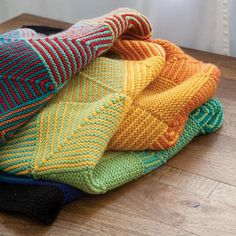Hue Shift Afghan - Knitting Patterns and Crochet Patterns from KnitPicks.com