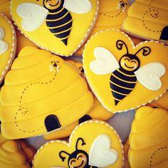 .Oh Sugar Events: beehive cookies
