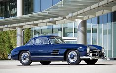 1955 300 SL Gullwing ... beautiful blue