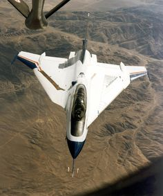 airmanisr: supersonic-youth: F-16XL Ship #2 What wrong with it wing
