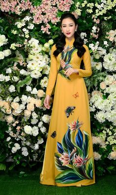 Dresses For Teens, Trendy Dresses, Nice Dresses, Fashion Dresses, Long Sleeve Short Dress, Vietnamese Dress, Painted Clothes, Ao Dai, Classy Dress