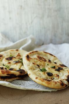 how to make yeasted naan