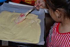 Semiluna cu nuca - CAIETUL CU RETETE Cake Cookies, Icing, Ice Cream, No Churn Ice Cream, Icecream Craft, Ice, Gelato
