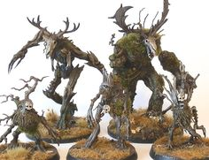 M y latest endeavour. I'm churning things out quite rapidly these days. I guess August is compensating for the complete silence that w. Warhammer 40k Art, Warhammer Armies, Warhammer Fantasy, Warhammer Models, Fantasy Forest, Fantasy Art, Dnd Mini, Wood Elf, Fantasy Battle