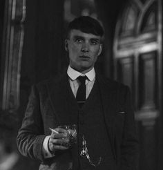 103 Best Thomas Shelby Images Peaky Blinders Cillian Murphy