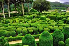 Markessak gardens in the town of Vezak, France – Frikkin Awesome! Eindhoven, Cafe Restaurant, Fary Tale, Dordogne, My Secret Garden, Land Art, France Travel, Garden Inspiration, Garden Design
