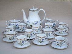 Haviland Porcelaine De Limoges Imperatrice Eugenie Service A Cafe Tasses Sugar Bowl, Teapot, Bowl Set, Empire, French, Coffee Set, Porcelain Doll, Mugs, Purple Roses