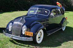 Chrysler 1934 Airflow pic 1
