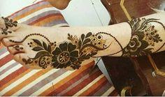 Booking for henna services,,Call/ whatsapp:0528110862,,Al Ain, UAE