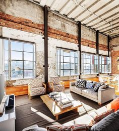 Originally a garment factory, this apartment building in Richmond dates back to the early 1900s. Each unit was sold as a shell so it was up to the original purchasers to design their own interior.