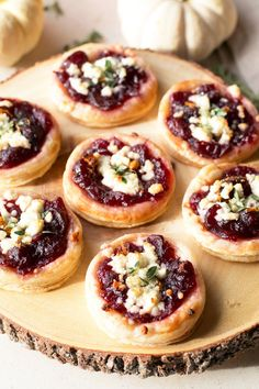 Cranberry Goat Cheese Tarts (3rd Annual Blogsgiving!) – Cake 'n Knife