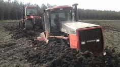CASE IH 9380 FWD sunk up in the mud Big Tractors, Case Tractors, Stuck In The Mud, Case Ih, International Harvester, Big Time, Heavy Equipment, Farm Life, Cool Toys