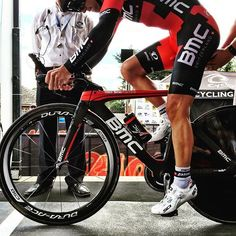 The defending champ clips in wearing BMC colours for the first time RoadNats