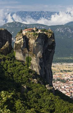 https://flic.kr/p/yegJCN | Head in the clouds | The Monastery of the Holy Trinity on the cliffs in Meteora, Greece