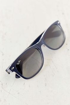 Ray-Ban Black New Wayfarer Sunglasses 72255b721fca