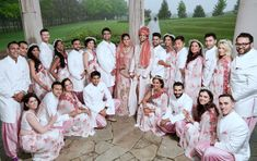 Bridetribe and Groom'smen co-ordinated in white and pink Photography: Huda Photo, Sohal Studios, Duende Photo Studio Saree Wedding, Wedding Dresses, Destination Wedding, Wedding Venues, Groomsmen Outfits, Pink Photography, Traditional Indian Wedding, Wedding Function, Bridesmaid Outfit