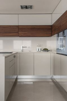 Kitchen Cabinets, Table, Furniture, Home Decor, Interior Design, Home Interior Design, Desk, Tabletop, Arredamento