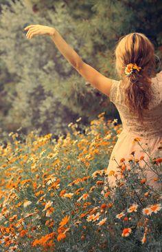 Der größte Tempel ist euer eigener Körper; und der erlesenste und schönste Garten liegt in eurer Seele. Und ihr, die ihr die Macht habt, die Ewigkeit zu erschaffen, ihr seid euer eigener Erlöser. (Ramtha)