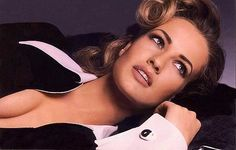 Karen Mulder - Photo posted by fandeseries