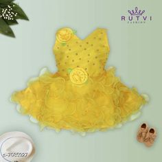 Checkout this latest Frocks & Dresses Product Name: *Fancy Baby Frock* Sleeve Length: Sleeveless Pattern: Embellished Multipack: Single Sizes: 6-12 Months (Bust Size: 16 in, Length Size: 20 in)  12-18 Months (Bust Size: 18 in, Length Size: 20 in)  0-1 Years (Bust Size: 16 in, Length Size: 20 in)  1-2 Years (Bust Size: 18 in, Length Size: 20 in)  Country of Origin: India Easy Returns Available In Case Of Any Issue   Catalog Rating: ★4.2 (11988)  Catalog Name: Fancy Baby Frock CatalogID_1130883 C62-SC1141 Code: 433-7085927-018