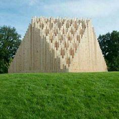 Teatro temporário 'Khor I', em Venlo, Holanda. Projeto do escritório TAAT. #arts #architecture #arquitetura #arte #decor #decoração #design #interiores #interior #projetocompartilhar #shareproject #madeiraeconforto #madeira #wood