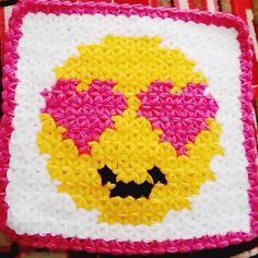 46 diferentes modelos de tricô de fibra que você nunca viu antes Crochet Baby, Knit Crochet, Pixel Crochet, Crochet Squares, Baby Knitting Patterns, Emoji, Crochet Projects, Quotations, Diy And Crafts