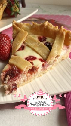 Crostata light con philadelphia e fragole.
